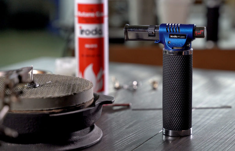 Pro-Iroda's PT-220V Professional Butane Torch on a table